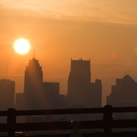 A sunrise over Detroit. Photo credit: Jason Mrachina, https://www.flickr.com/photos/w4nd3rl0st/5351095158/in/photolist-99RLam-dqzWDN-8PPXJy-qy3Fvb-8y79z4-iGGqa-qJbDBV-b7UgSa-6b5EEg-pSEswh-2HtKH-dpc9n4-eZu9VK-dqzNhX-7eCHYK-dqzW15-dbr2ME-5yJter-9pm91T-54D58r-2Z6k6x-53QLTk-ajRaUm-qRh74f-ajRbju-ajRb8E-8r5WTp-5yfG4U-5f3Kiu-5ktyZY-5f3Kj1-7hgNMv-beNGXH-dbr3tL-dqzXes-hskvM6-CZ5u-5gznYg-dbr2mB-dqzWrs-dbr1Qv-dqDthn-dbr3Ey-dbr3U9-85dxfC-qUqq4q-dpJq9c-dDRuWc-dqzWYC-7HPbPR