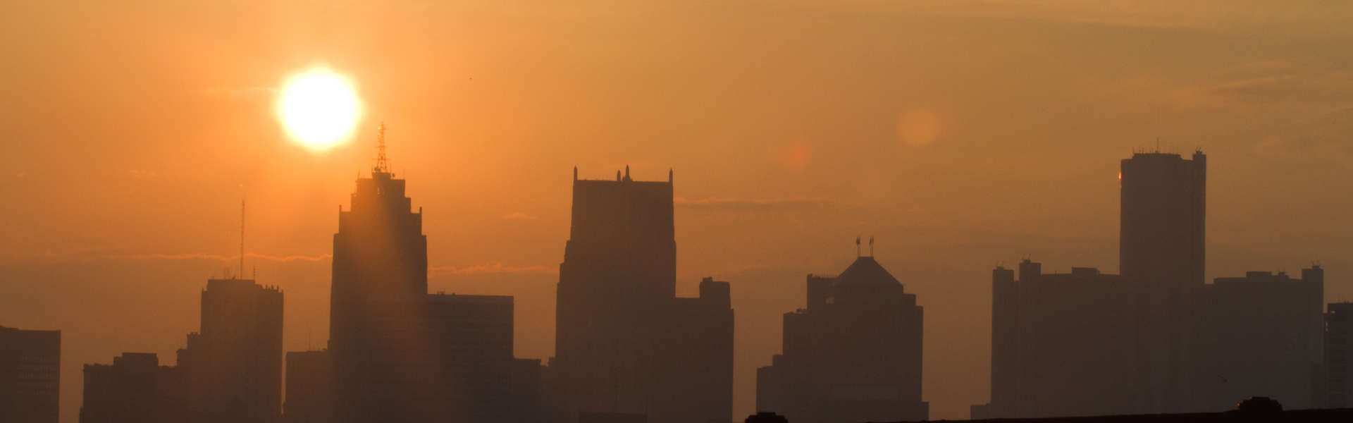 On NextBillion.net. A sunrise over Detroit. Photo credit: Jason Mrachina, https://www.flickr.com/photos/w4nd3rl0st/5351095158/in/photolist-99RLam-dqzWDN-8PPXJy-qy3Fvb-8y79z4-iGGqa-qJbDBV-b7UgSa-6b5EEg-pSEswh-2HtKH-dpc9n4-eZu9VK-dqzNhX-7eCHYK-dqzW15-dbr2ME-5yJter-9pm91T-54D58r-2Z6k6x-53QLTk-ajRaUm-qRh74f-ajRbju-ajRb8E-8r5WTp-5yfG4U-5f3Kiu-5ktyZY-5f3Kj1-7hgNMv-beNGXH-dbr3tL-dqzXes-hskvM6-CZ5u-5gznYg-dbr2mB-dqzWrs-dbr1Qv-dqDthn-dbr3Ey-dbr3U9-85dxfC-qUqq4q-dpJq9c-dDRuWc-dqzWYC-7HPbPR